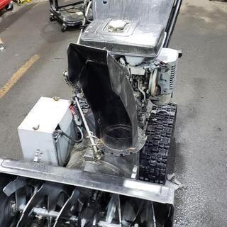 除雪機修理します。使用前のメンテナンスも行います