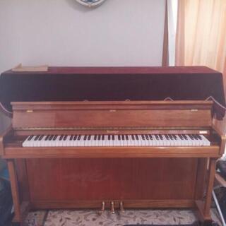 アップライトピアノ(ニーマイヤー)