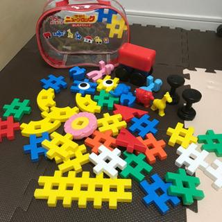 1.5歳から遊べる、学研のブロック