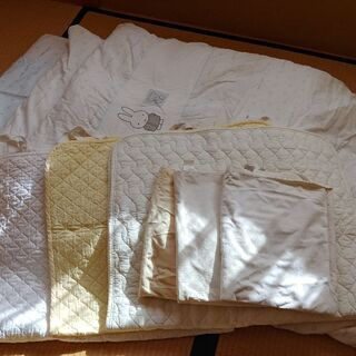 ★西川ベビー羽毛布団セット  シーツパットと防水シーツもおつけします★