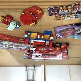 【値下げしました!】カーズのおもちゃいっぱい (レゴディプロ ・ マック ・ 本など)の画像