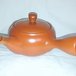 ☆陶器で有名な常滑焼の高品質急須/新品未使用品☆