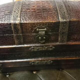 アンティークボック 宝箱 収納ボックス 新品ですがB級品にて値引...