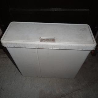 ゴミ箱 屋外保管 無料