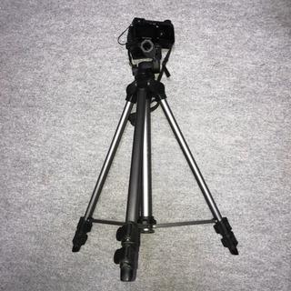 カメラ、ビデオ三脚(足三段)