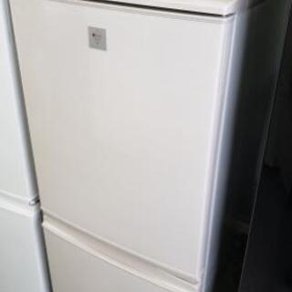 【冷蔵庫】人気のライトピンク☆まだまだ使える2015年製♪えこり...