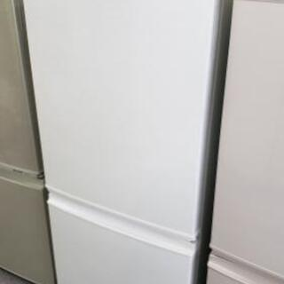 【冷蔵庫】清潔感のあるホワイト♪まだまだ使える2013年製☆えこ...