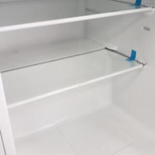 【冷蔵庫】小型で置き場困らず♪セカンドで駐車場などにも♪ − 大阪府