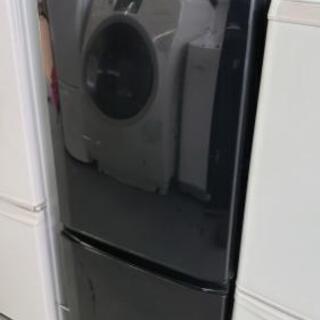 【冷蔵庫】希少のブラック☆開けやすい取っ手が人気のタイプで…