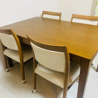 美品 ダイニングテーブル、椅子(4つ)