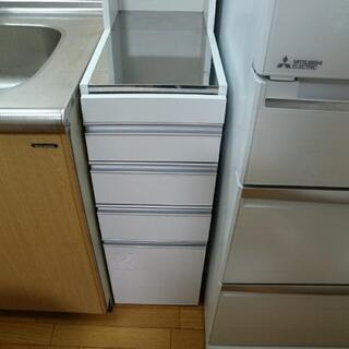 キッチン隙間収納 (購入後一年未満です)