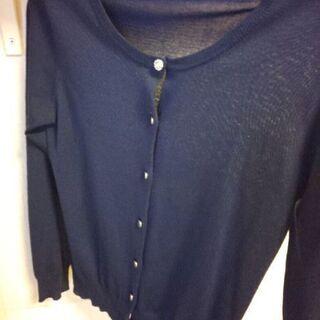 紺の胸元飾りボタン付き 薄手カーディガン (B品)M