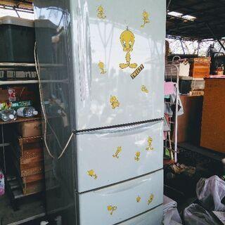 ☆日立冷蔵庫4ドア 96年製 トラック引き取りのみ