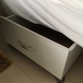 【1週間限定】ベッド下収納おゆずりします!引き出し2つ 26cm高