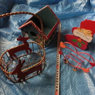 クリスマス用品とディズニーハート型写真立て計4点