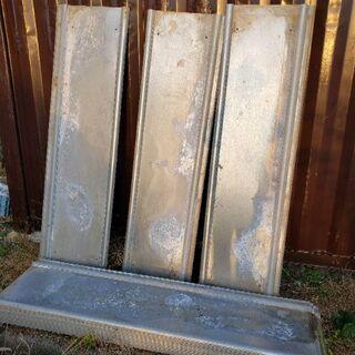 仮囲い 仮設 安全鋼板 高さ(長さ)2m 幅56cm 43枚