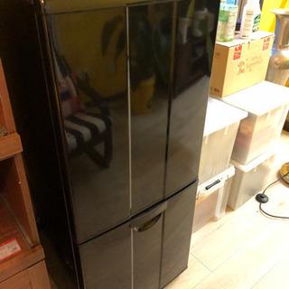 【商談中】ブラックの冷蔵庫