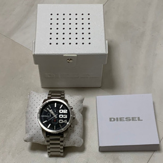 DIESELの腕時計売ります。未使用!