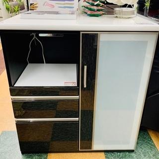 ニトリのダークブラウンの食器棚を入荷致しました!説明書付き