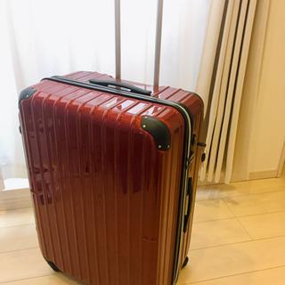 最大サイズ 102L キャリーケース/スーツケース/トランク 赤