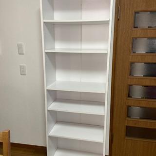 カインズホームの白い書棚