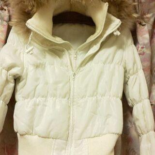 ファーフード付き白の中綿デザインジャンバー M