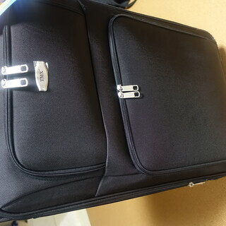 ソフトキャリー・スーツケース大型(82リットル)新品