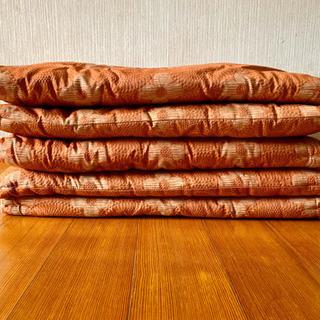 【まぁ美品】厚みのある座布団5枚セット