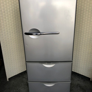 🌈🌟🌈背が低めでしっかり使える3ドア冷蔵庫☝️😁
