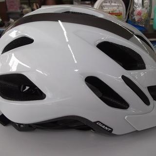 ID:G896355 自転車ヘルメット(GIANT製)