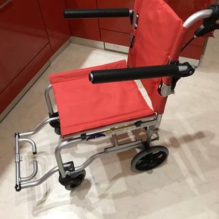 簡易車椅子(旅行、室内用)足置き付き