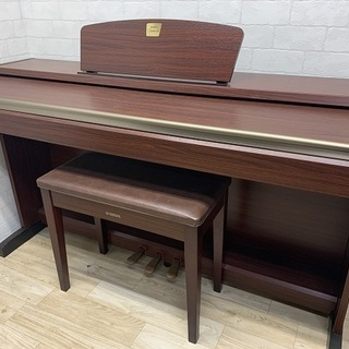 電子ピアノ ヤマハ CLP-220M ※送料無料(一部地域)