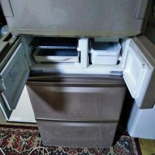両開き冷蔵庫
