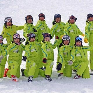 【スキー・スノーボードインストラクター】常勤スタッフ募集!【スキ...