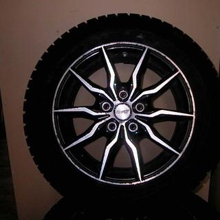 タイヤ⁂ 5穴16インチのスタッドレスタイヤを 交換してください。