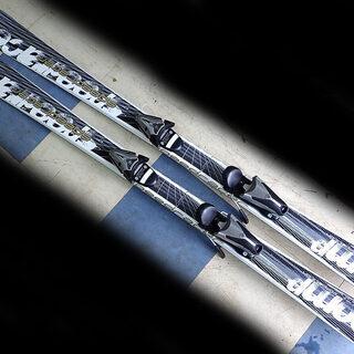 札幌市 子供用スキー板 152cm 中古現状渡し