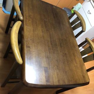 【取引決定しました】ダイニングテーブル、椅子4脚セット