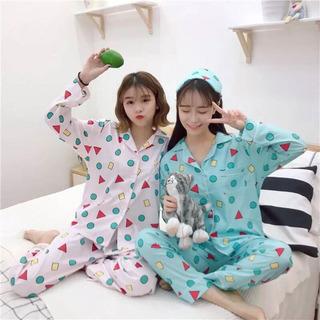 しんちゃん風パジャマ