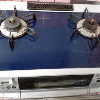 グリル付二口ガステーブルコンロ(左強火力)