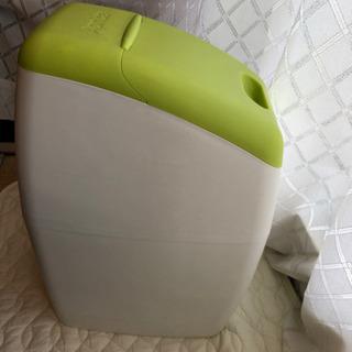 アップリカ オムツ専用ゴミ箱