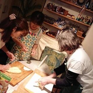 綺麗なパンを作ろう~プロが理論的にプライベートに近いパンレッスン...