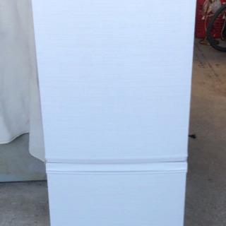 【SHARP】ノンフロン冷凍冷蔵庫/137L/2019年製