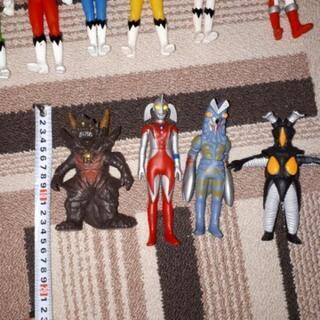ヒーロー系人形 − 東京都