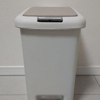 ニトリ『2WAYのゴミ箱』