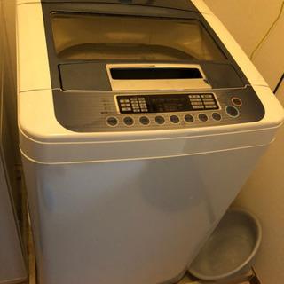 【決まりました】【値下げ・無料】洗濯機(LG製、2011年製)お...