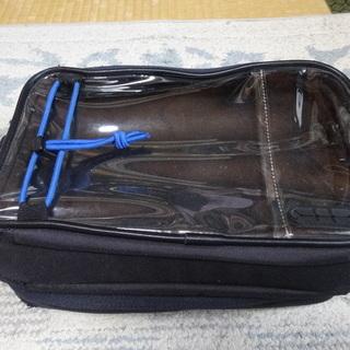 吸盤式タンクバッグ