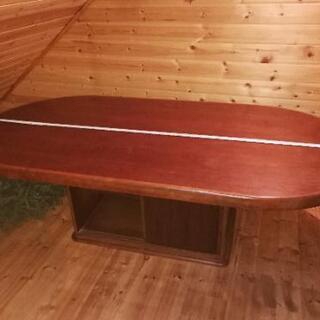 カリモク家具の大きなダイニングテーブル!配送と設置お手伝いいたします!