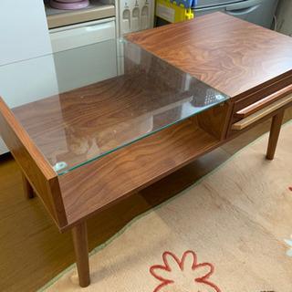 ガラステーブル(引き出し付き)