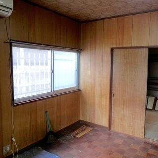 室内塗装から大工作業まで小さな作業にもお応えします。