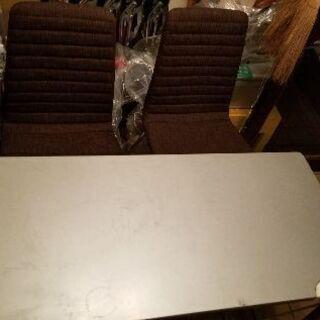 中古/デスク&椅子2つのセット